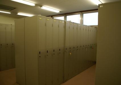 『学生更衣室』の画像