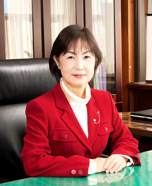 『学校長 染谷恵美子』の画像